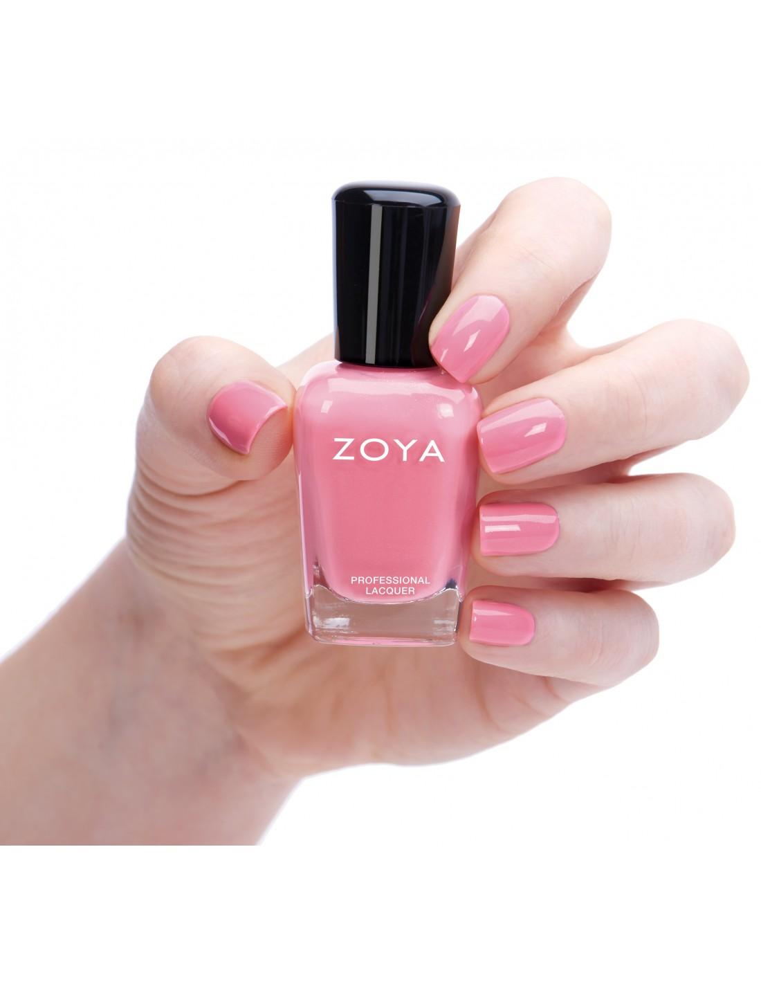 Zoya Laurel