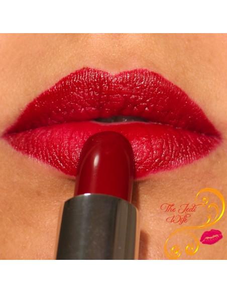 Zoya Lipstick Matte Velvet Red