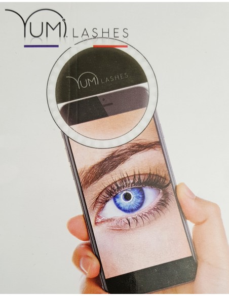 Yumi Lashes Ring LED Light